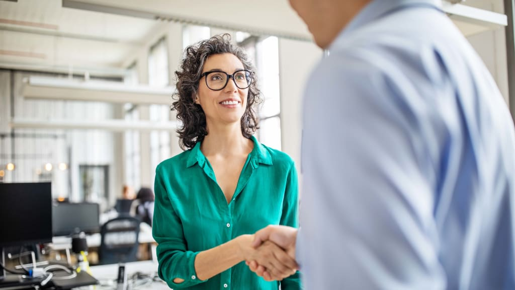 How to Tell in Less Than 1 Minute Whether You've Made a Great First Impression, Backed by Science