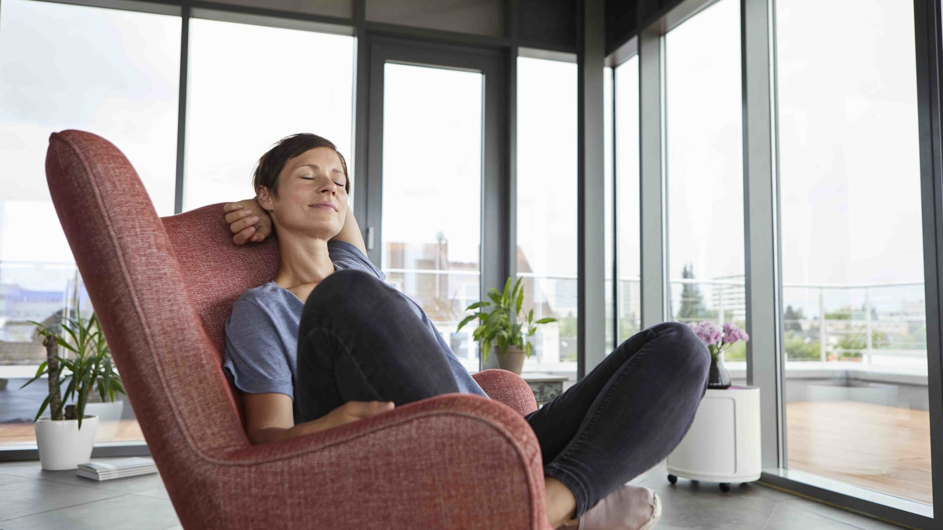 The Power Nap Is a Productivity Superpower. Fortunately, It's One You Can Learn