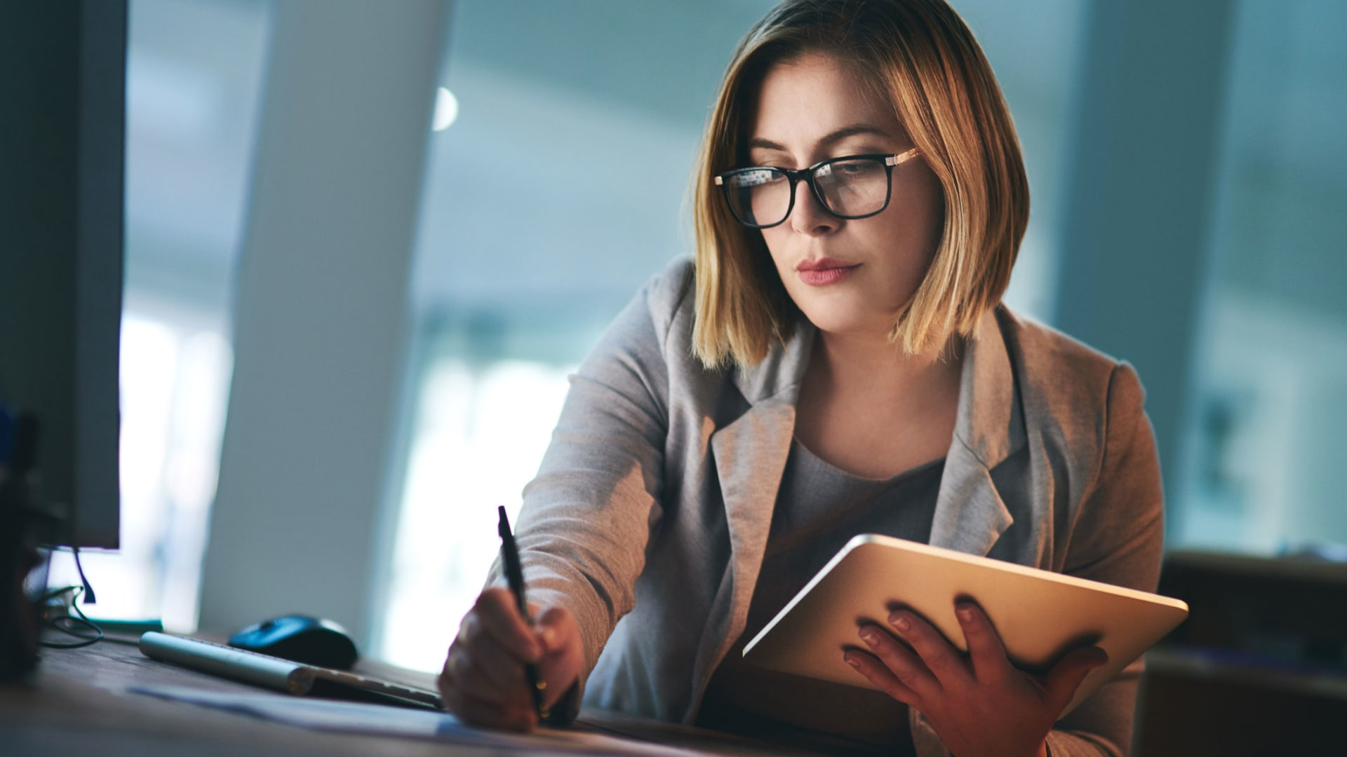 8 Tips to Improve Your Writing as an Entrepreneur