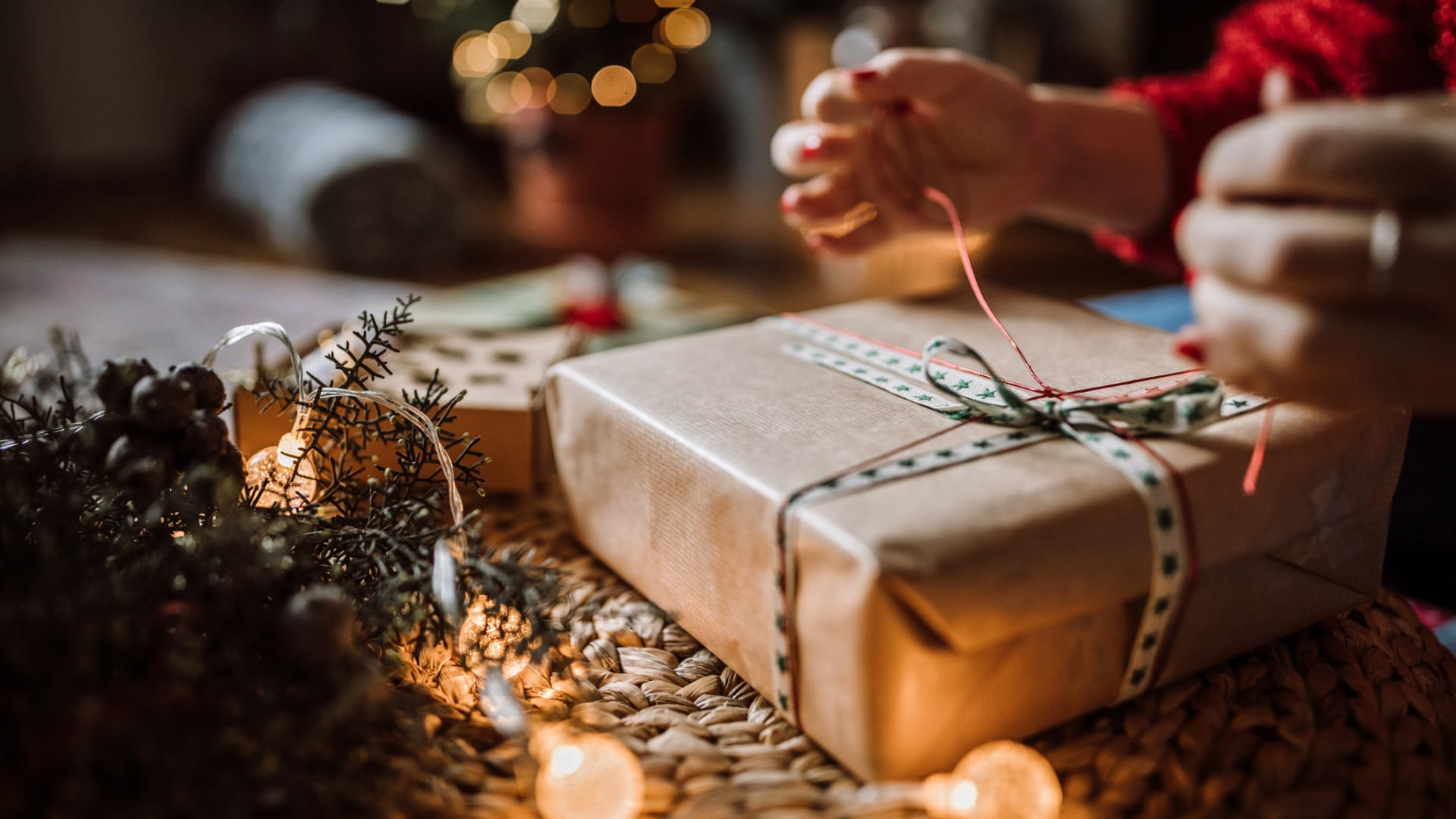 What Your Employees Want for Holiday Presents in 2020