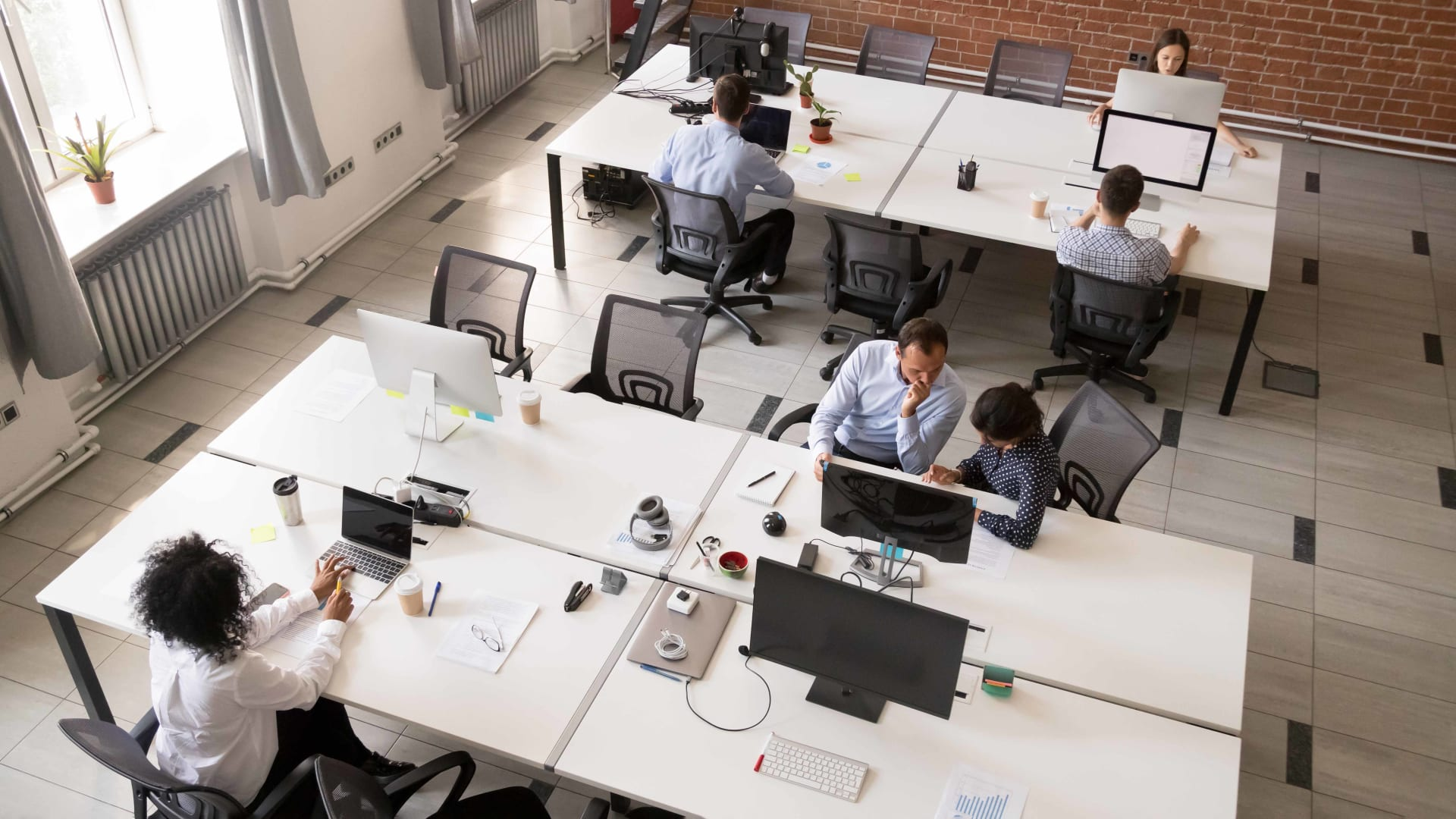 How to Give Negative Feedback in an Open Office