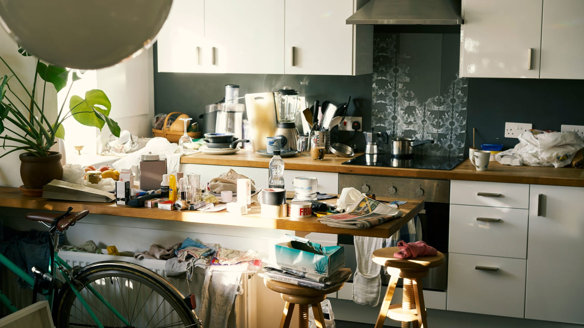 The 5 Types of Clutter That Are Destroying Your Peace of Mind