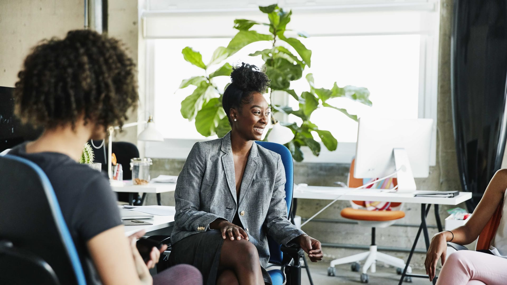 How Women Entrepreneurs Can Pitch Their Ideas With Great Success