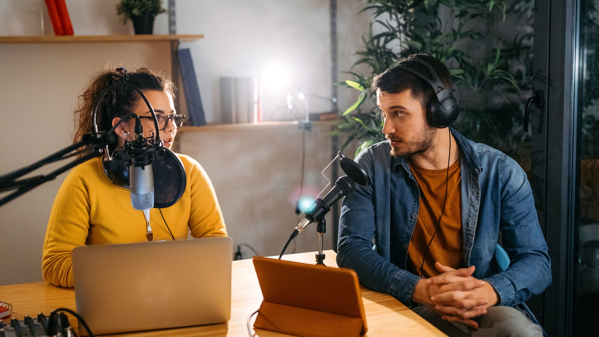 How to Stand Out in a Crowded Podcast Landscape