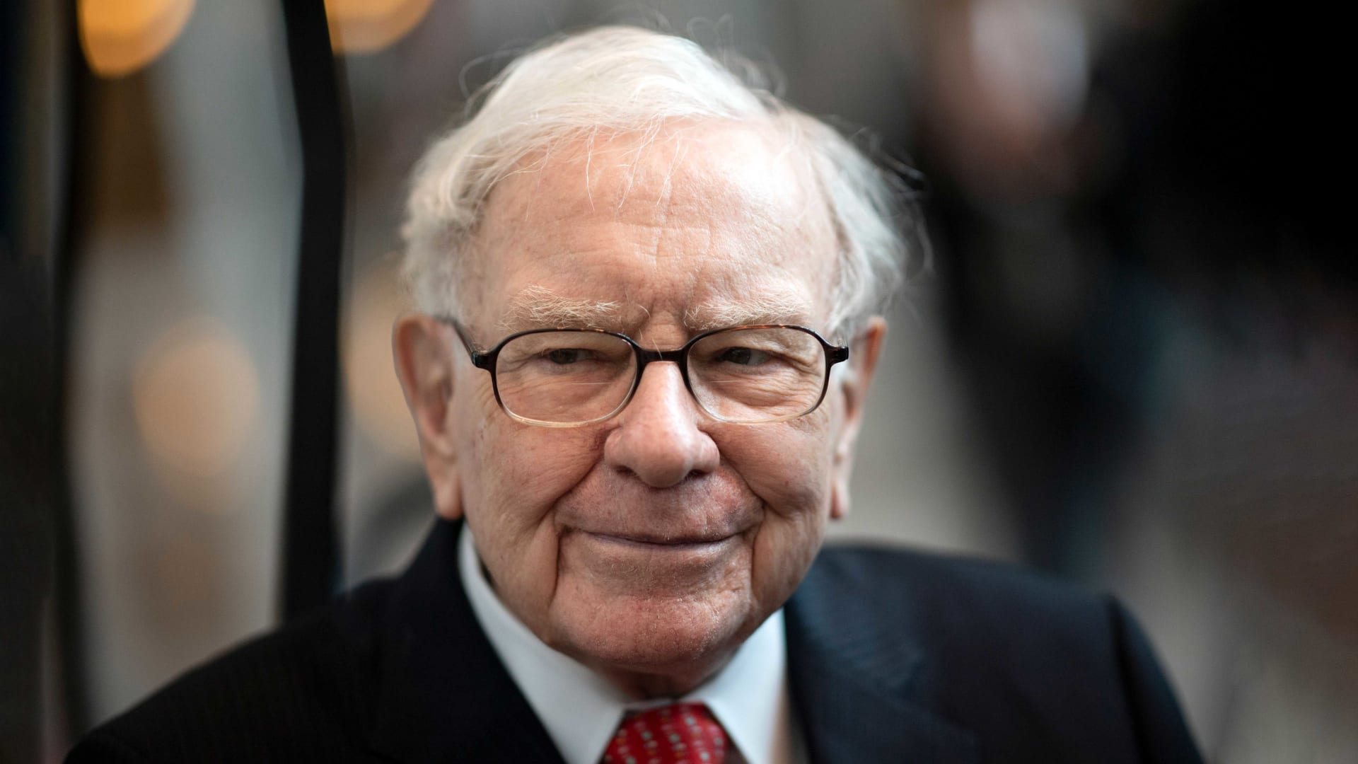20 Years Ago, Warren Buffett Shared a Brutal Truth That Most People Have  Yet to Learn | Inc.com