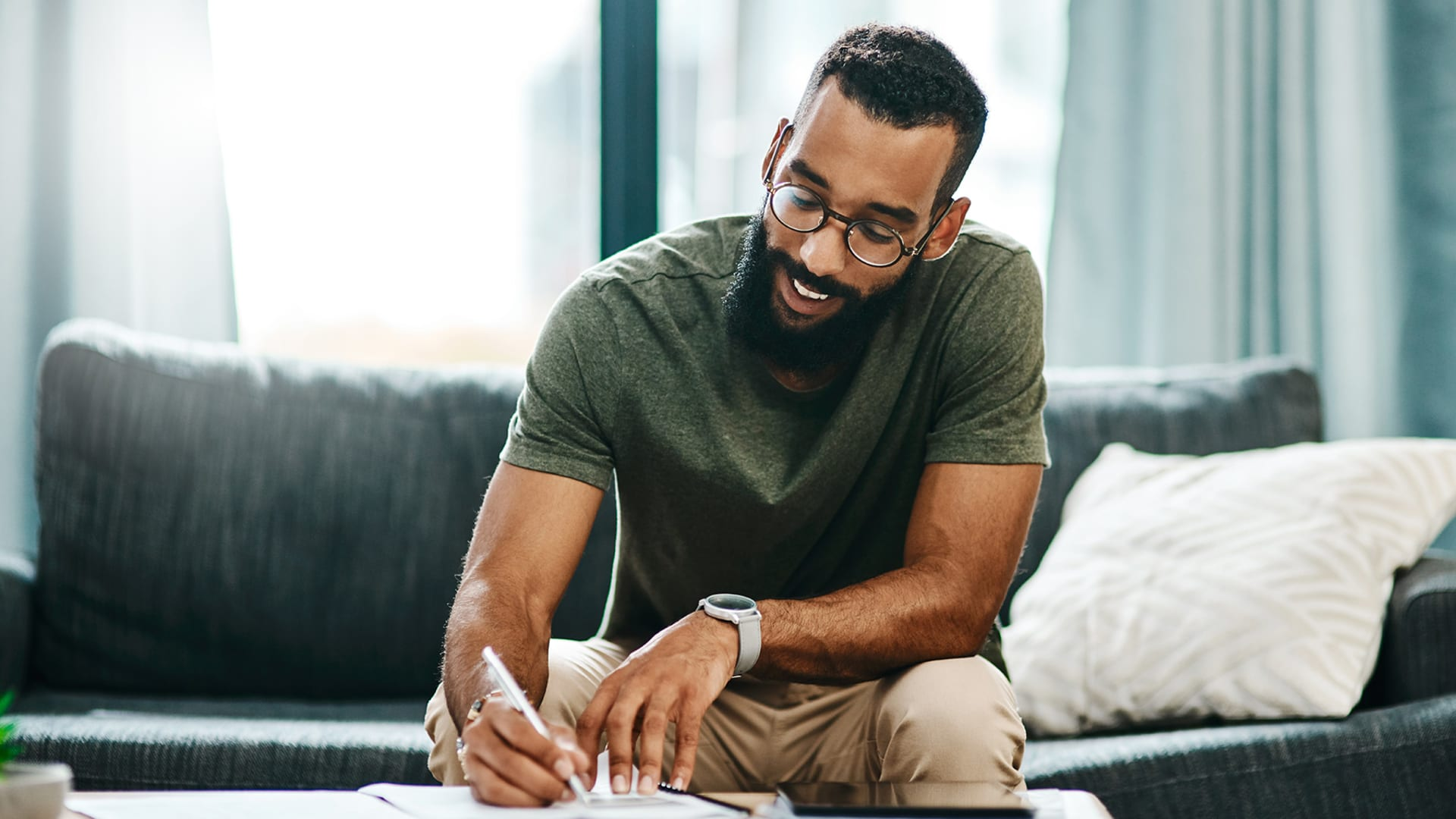 An Easy, 3-Step Goal-Setting Plan to Achieve Your Biggest Dreams