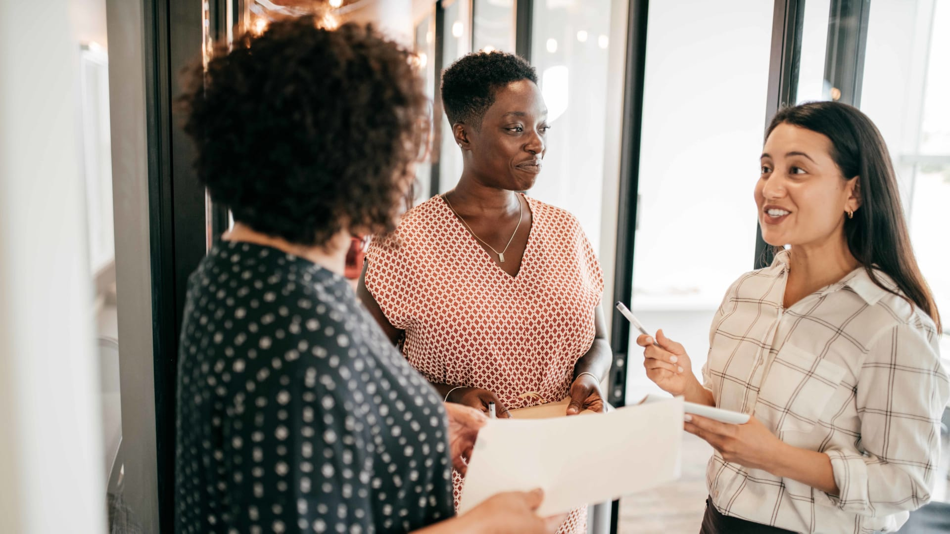 How Employee Resource Groups Enhance Employee and Customer Experience