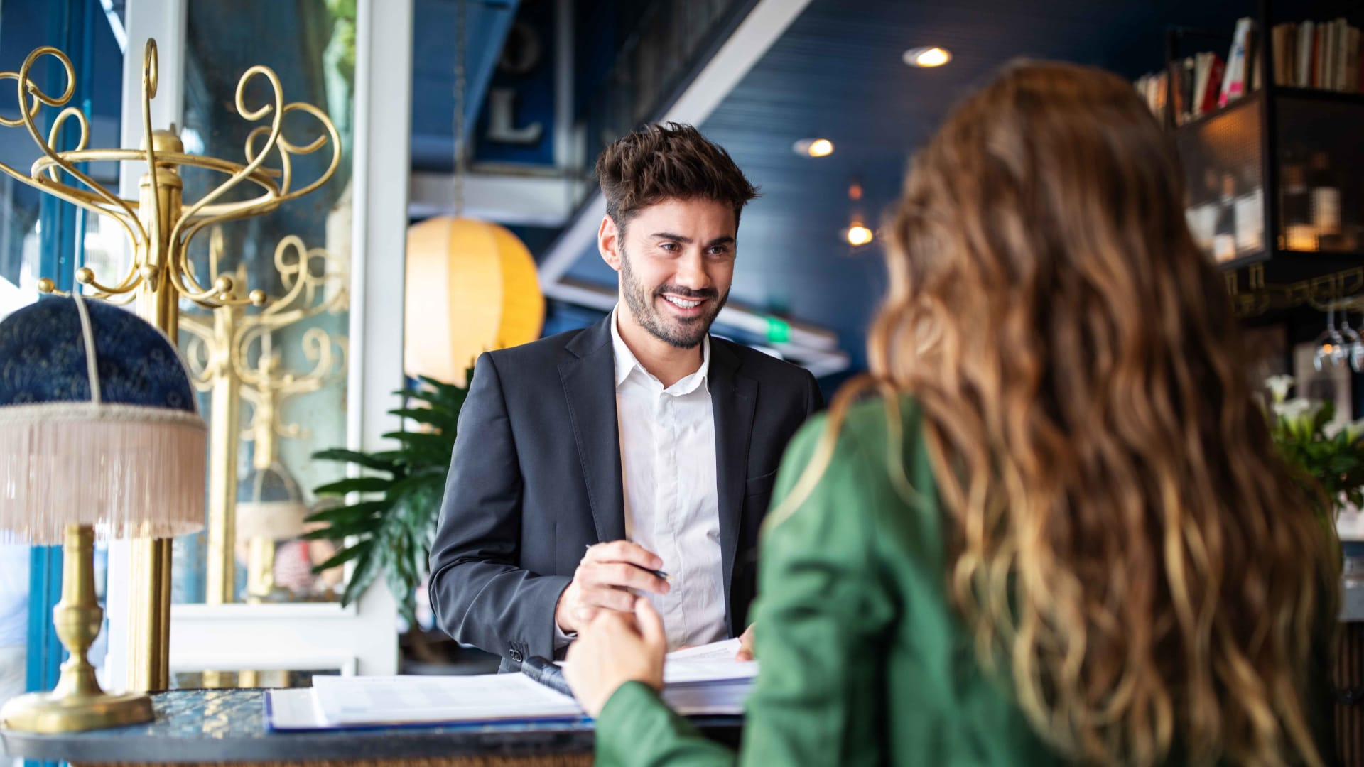 8 Steps to Delivering a Consistently Memorable Customer Experience