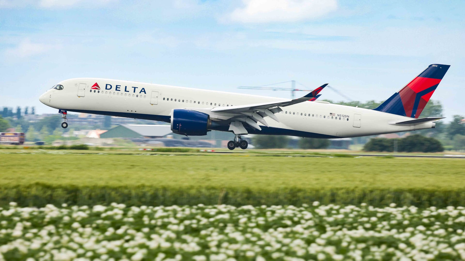 Delta Air Lines Just Made a Bold New Decision. Here's Why It's So Controversial
