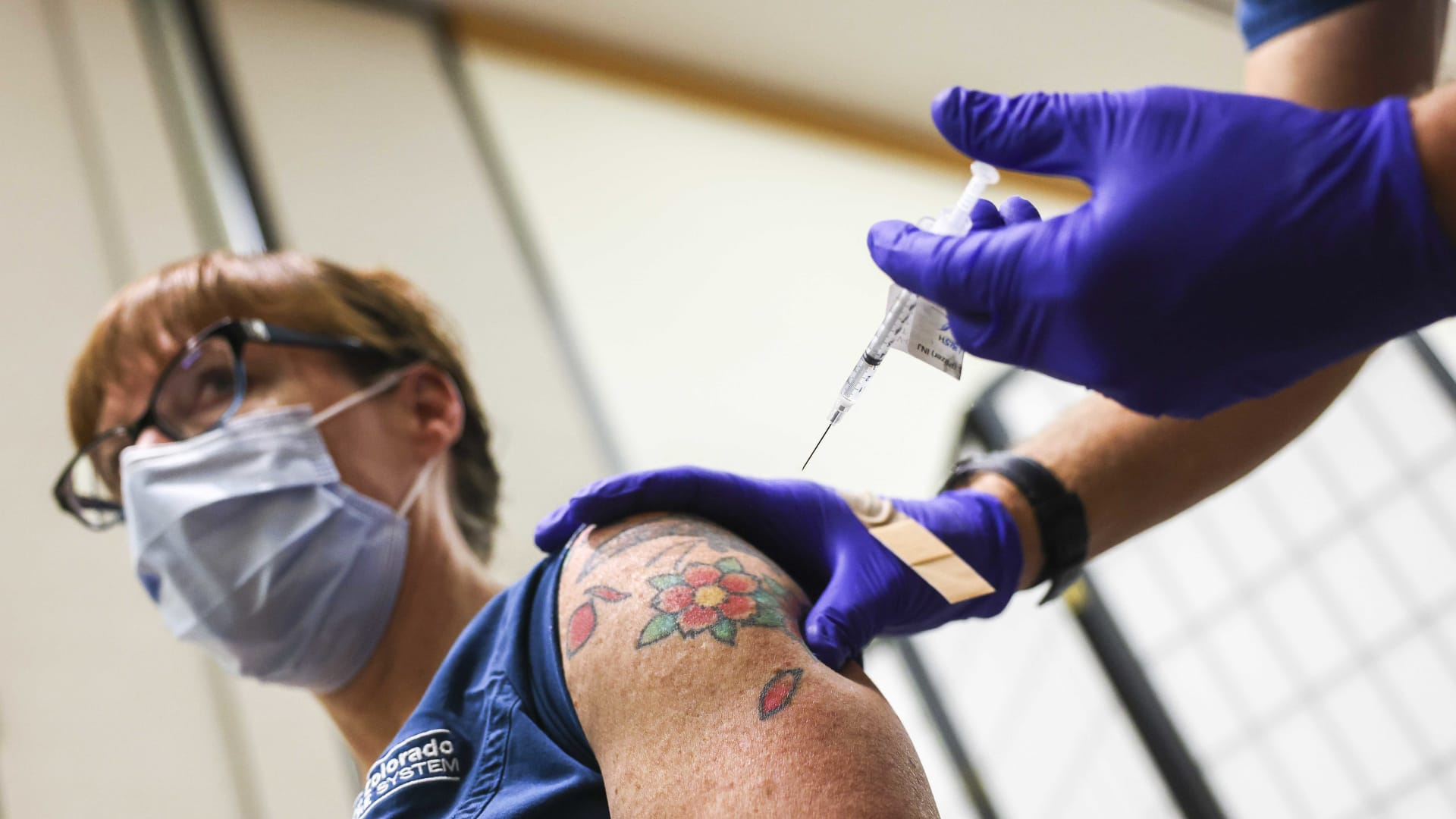How to Encourage Employees to Get the Covid-19 Vaccine