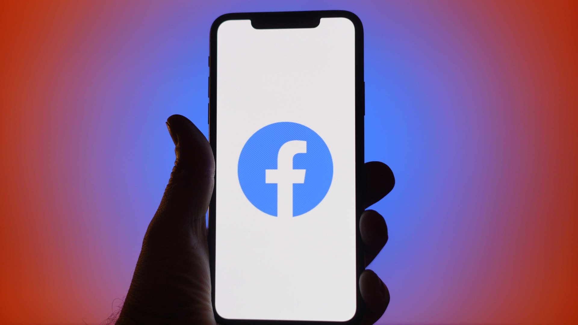 4 Reasons to Side With Facebook in Its Privacy War With Apple