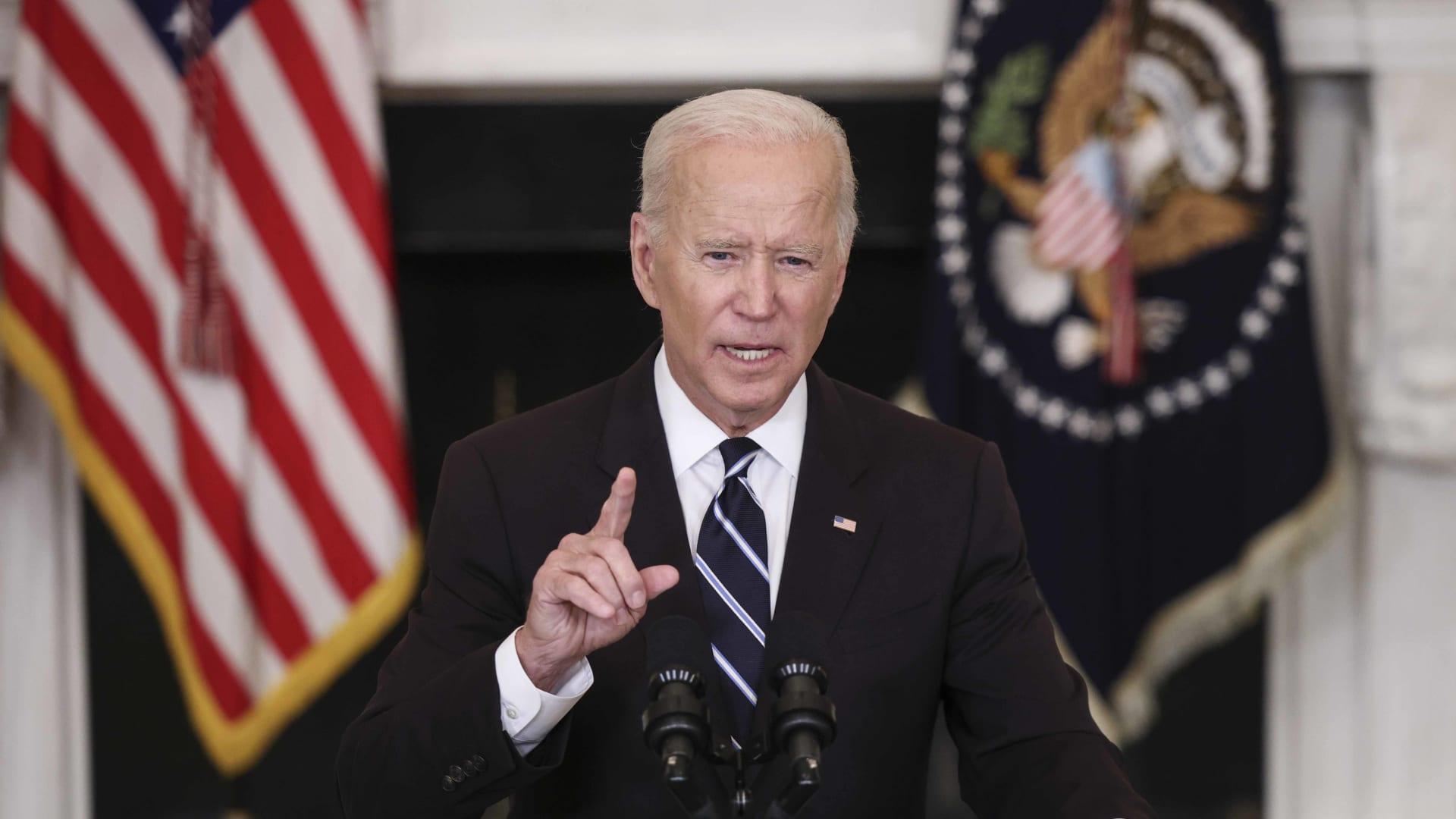 U.S. President Joe Biden speaks about combating the coronavirus pandemic on September 9 in the White House.