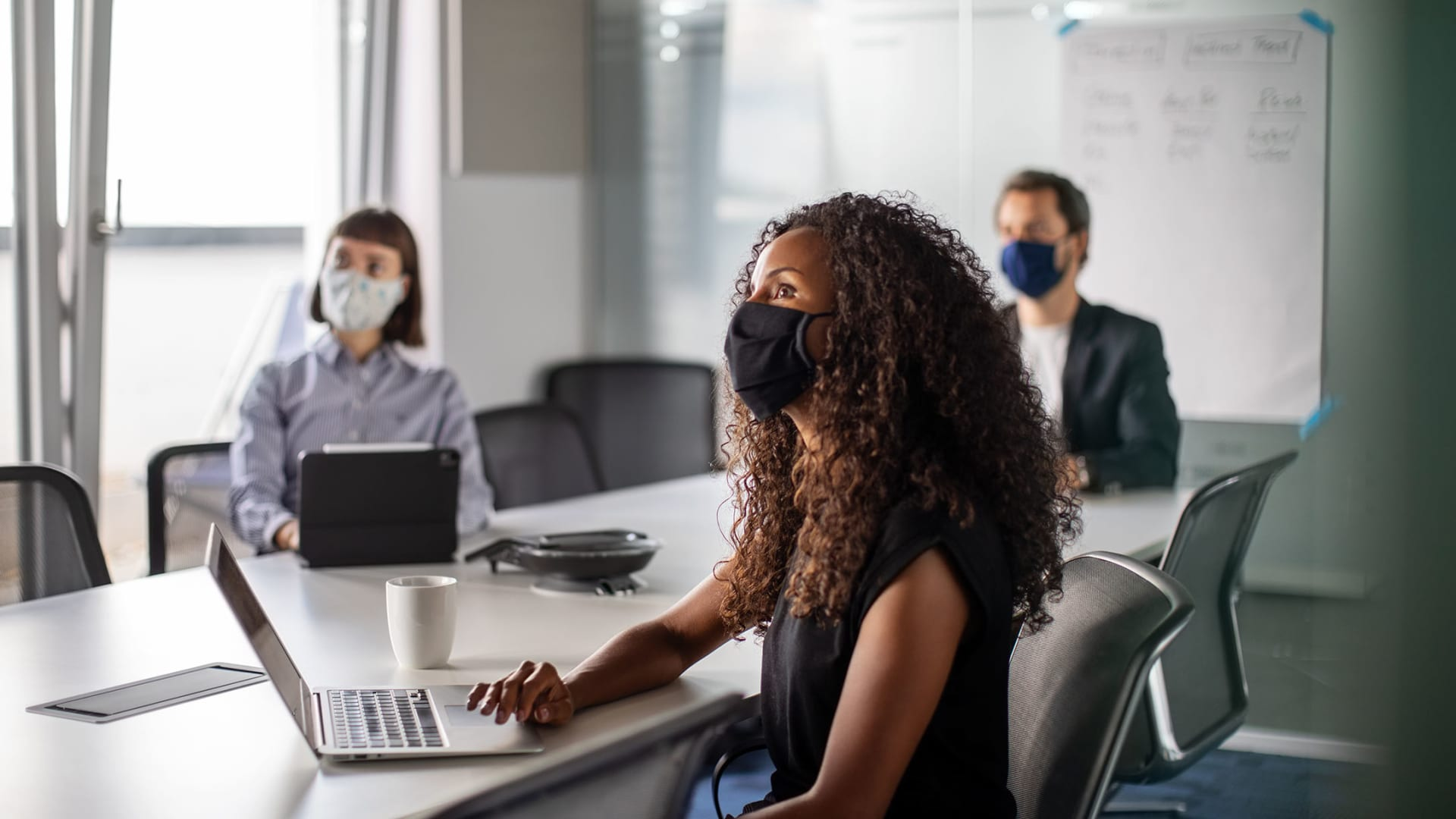 5 Job Perks You Should Provide in a Post-Pandemic Climate