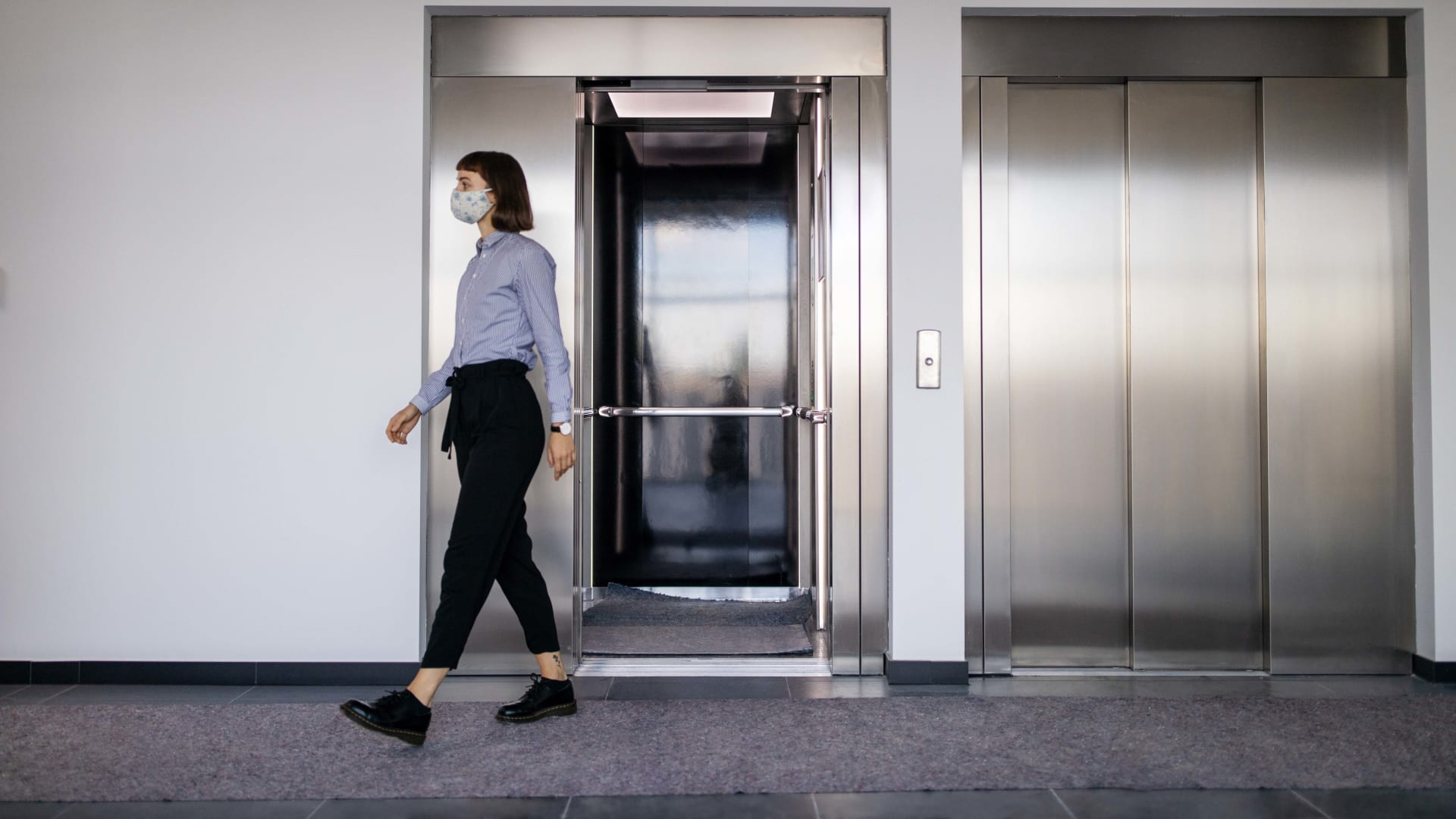 Nearly 75 Percent of Businesses Report They're Bringing Employees Back to the Office