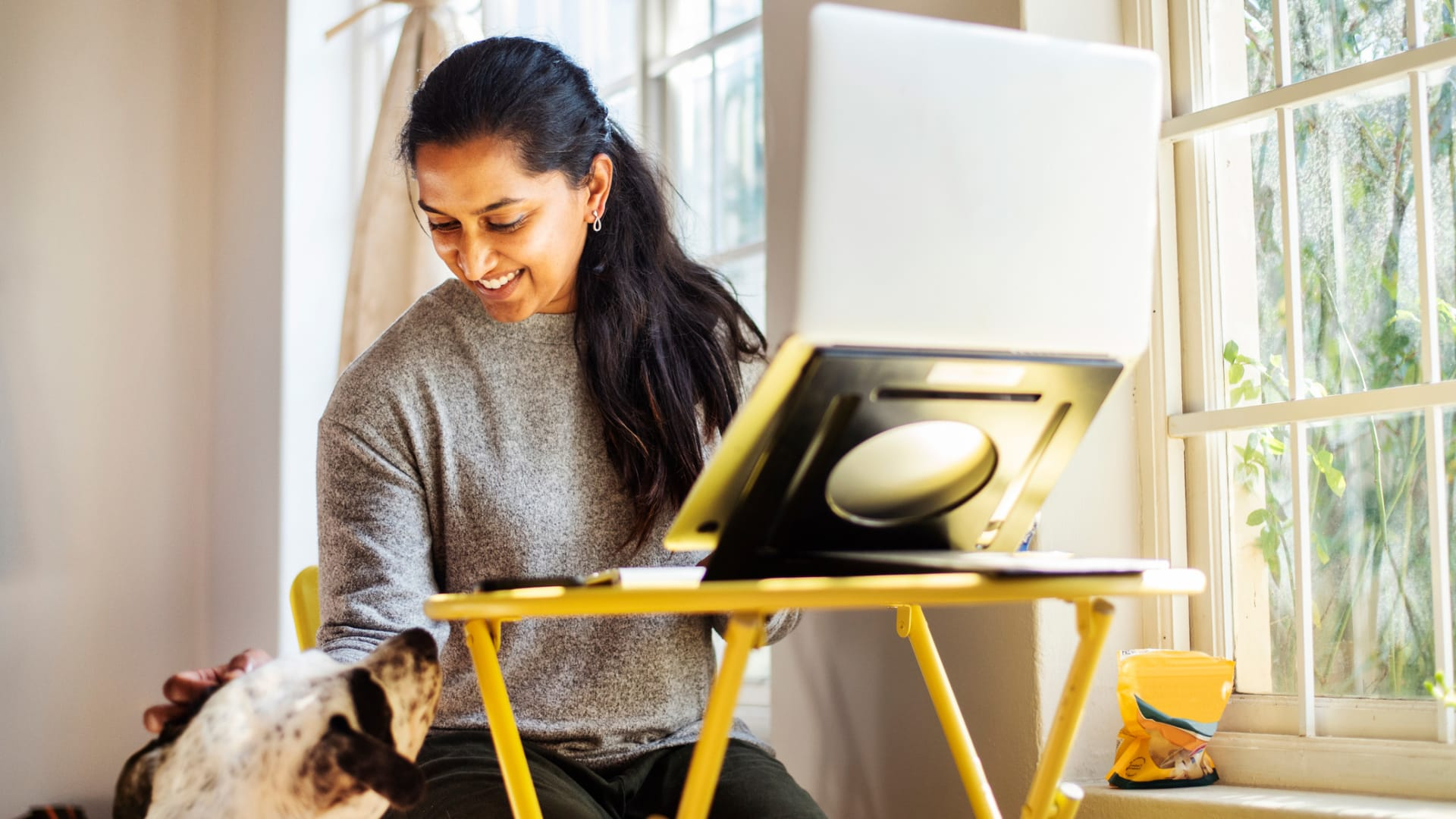 How WFH Employees Can Protect Their Health and Well-Being