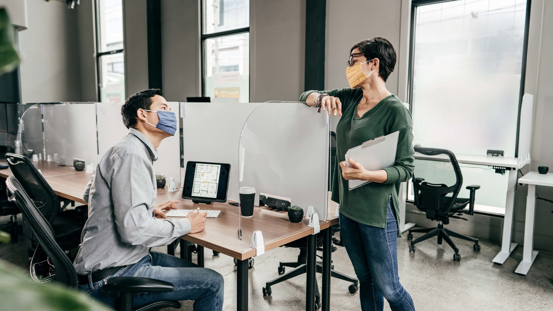 How to Design an Office Reopening Plan for Effective Hybrid Work