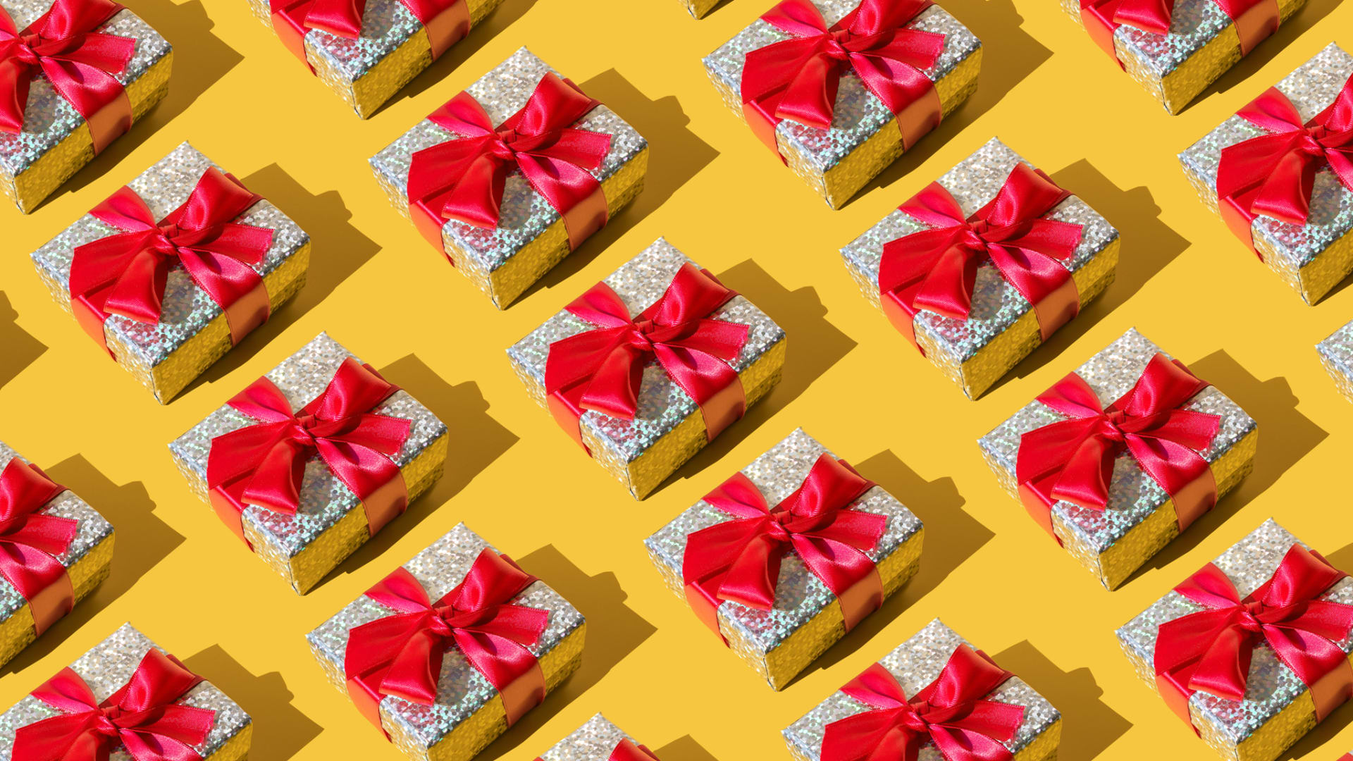 5 Expensive-Looking but Cheapish Gifts That They'll Love