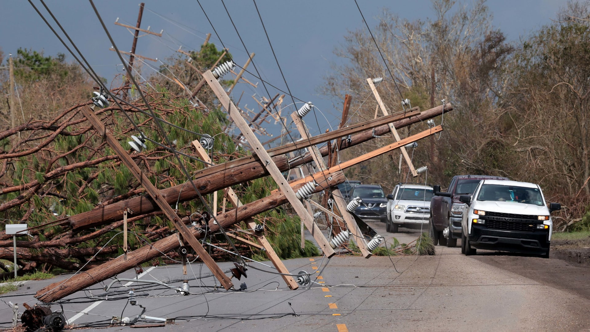 4 Tech Tools Your Business Needs During Natural Disasters