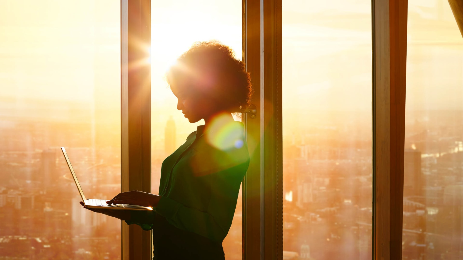 7 Ways to Become a Business Leader People Are Excited to Follow