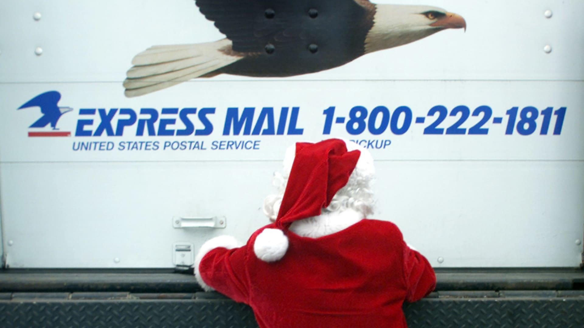A Christmas Price Boost from the Post Office