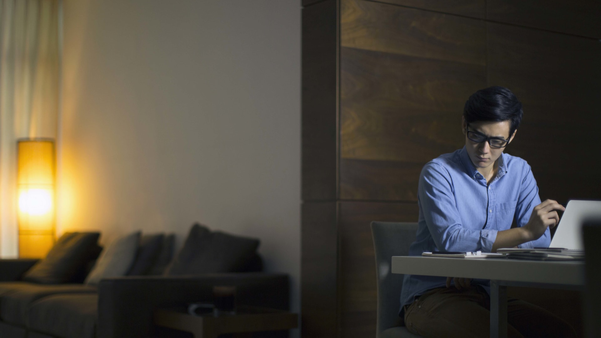 The 7 Worst Aspects of Working at Home and What to Do About Them