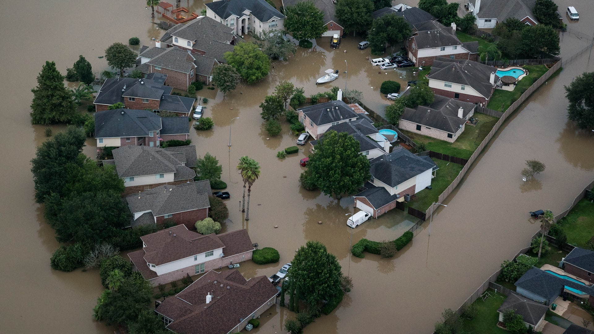 Hurricane Season Is Here. 4 Ways to Help Remote Workers Prepare for the Worst