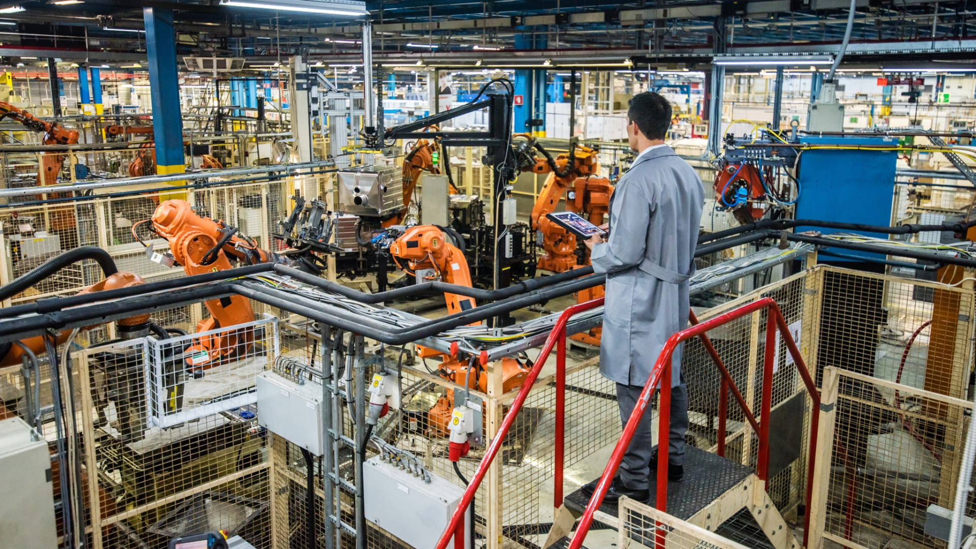 Robotics and Blockchain Top the List of Fastest-Growing Industries