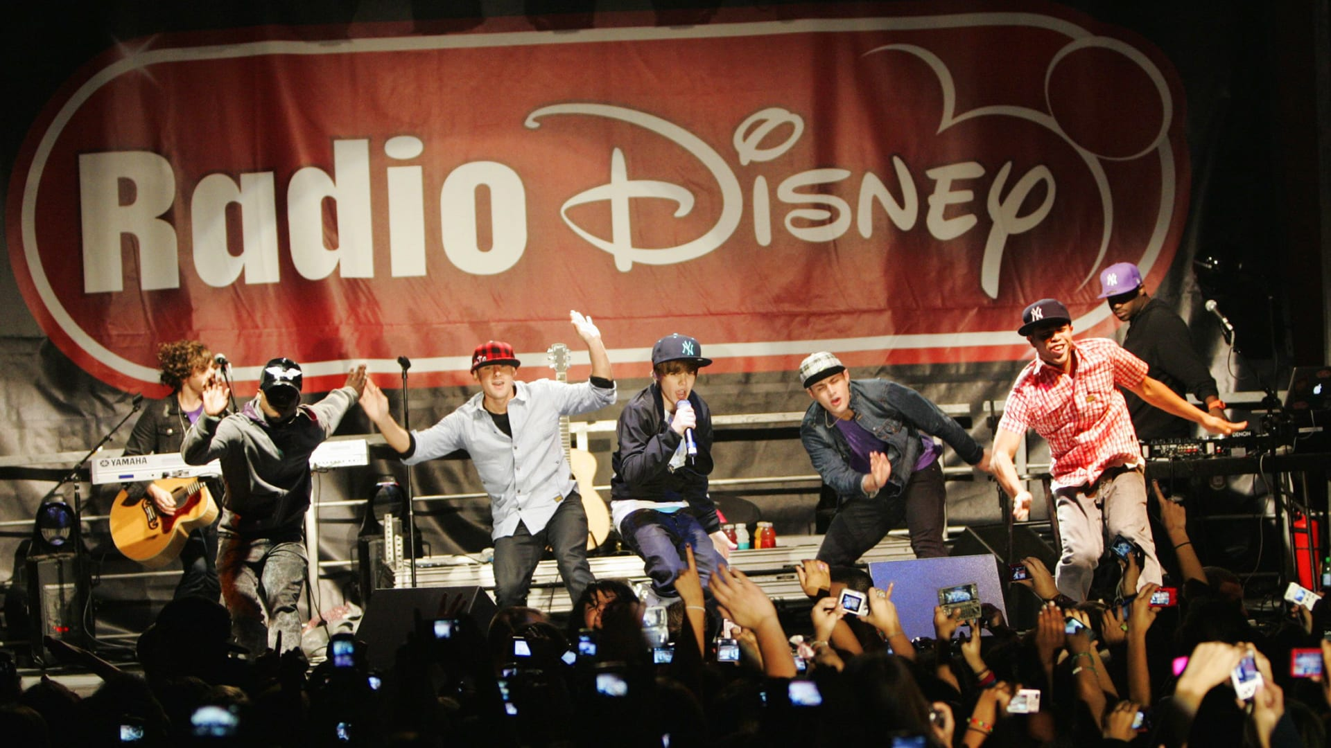 Justin Bieber performs at a concert hosted by Radio Disney on December 14, 2009.