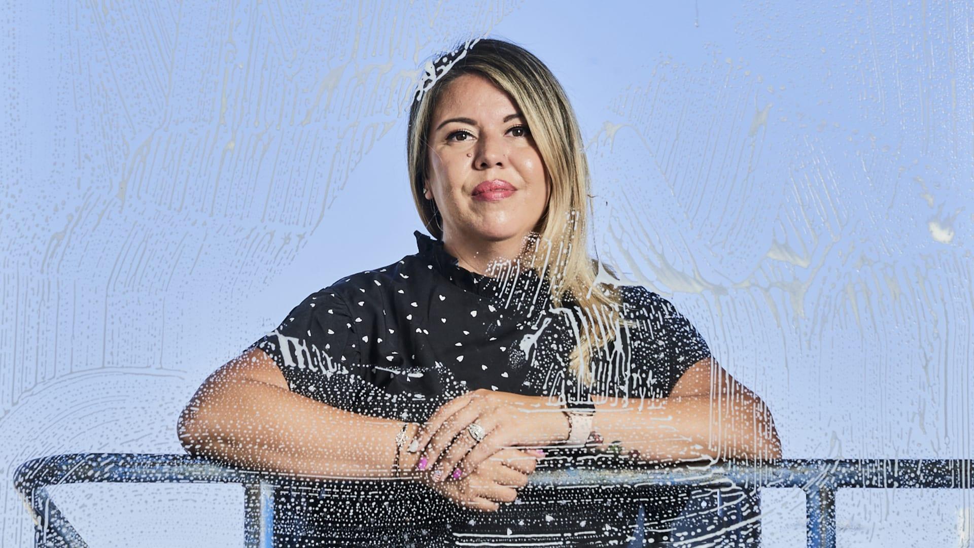 Carolina Alvarez.
