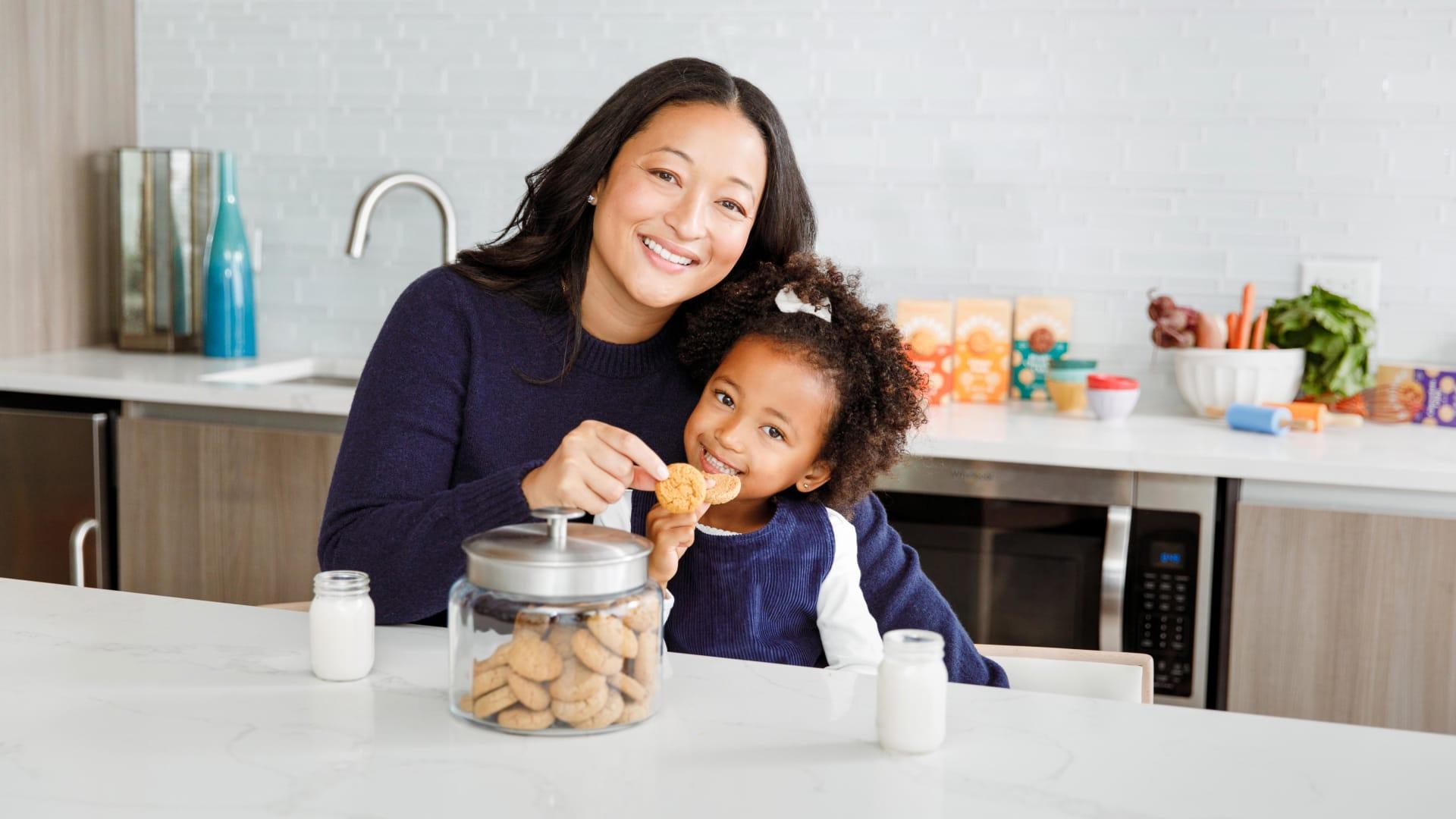 Denise Woodard with her daughter, Vivienne.