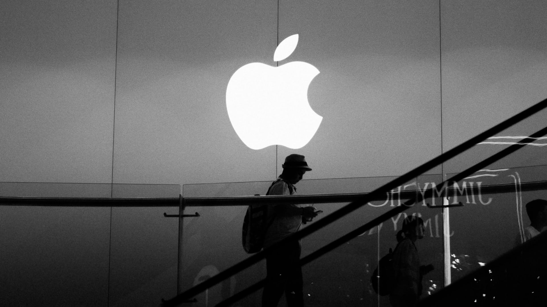 I Spent $2,000 at the Apple Store and Got an Invaluable Lesson in Consumer Psychology