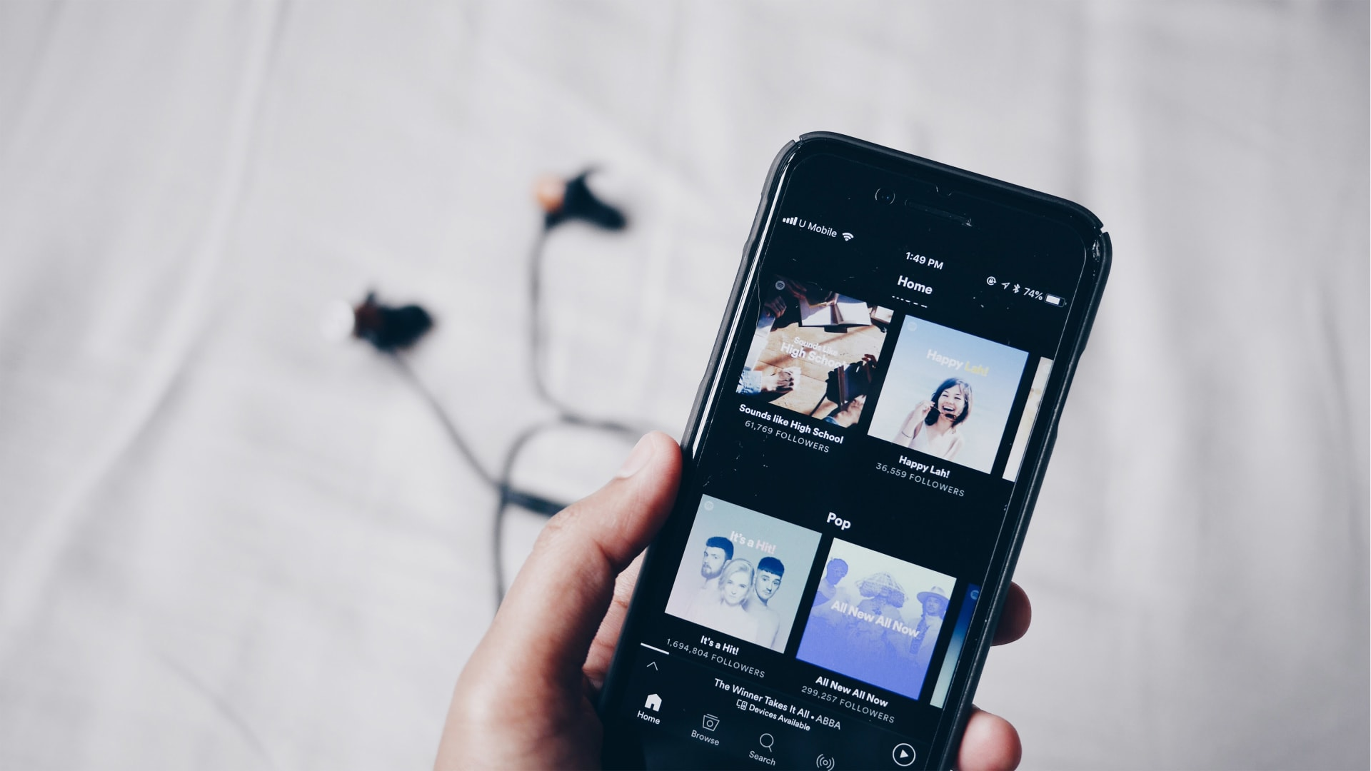 Spotify's New Podcast Subscriptions Are a Perfect Example of Everything Wrong With Apple