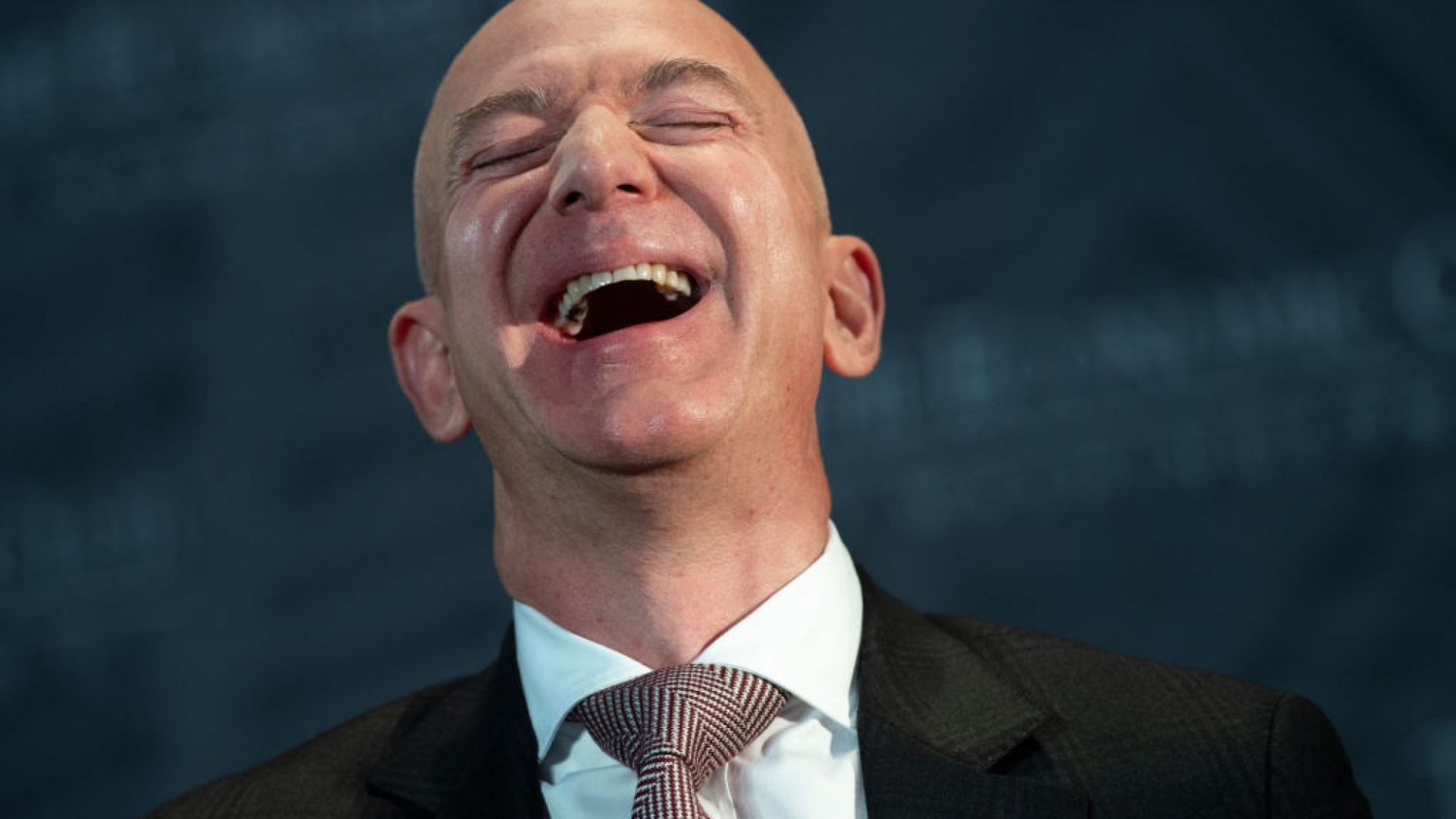 I Just Found Everything Jeff Bezos Has Ever Reviewed on Amazon, and It's Utterly Fascinating