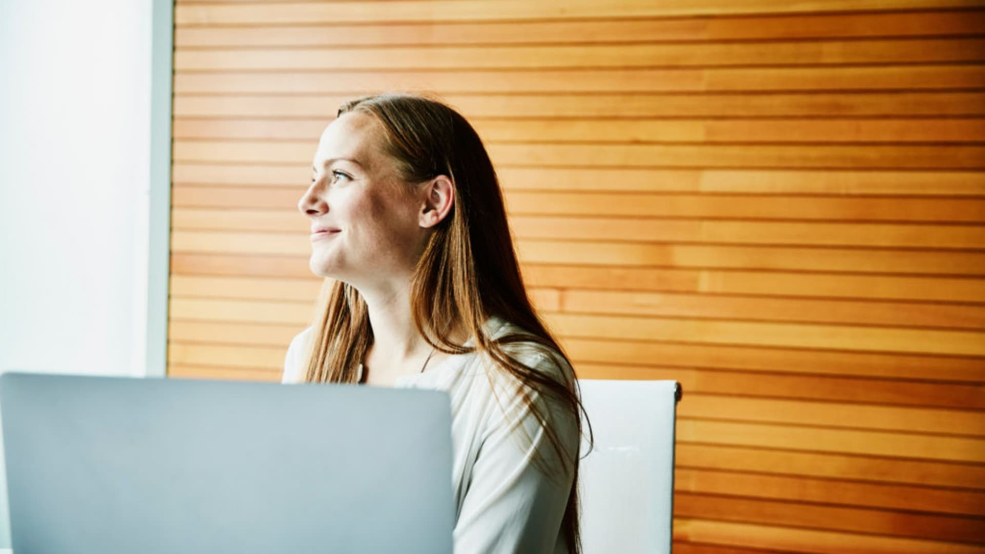 6 Ways to Help Employees Stay Motivated and Productive in 2021