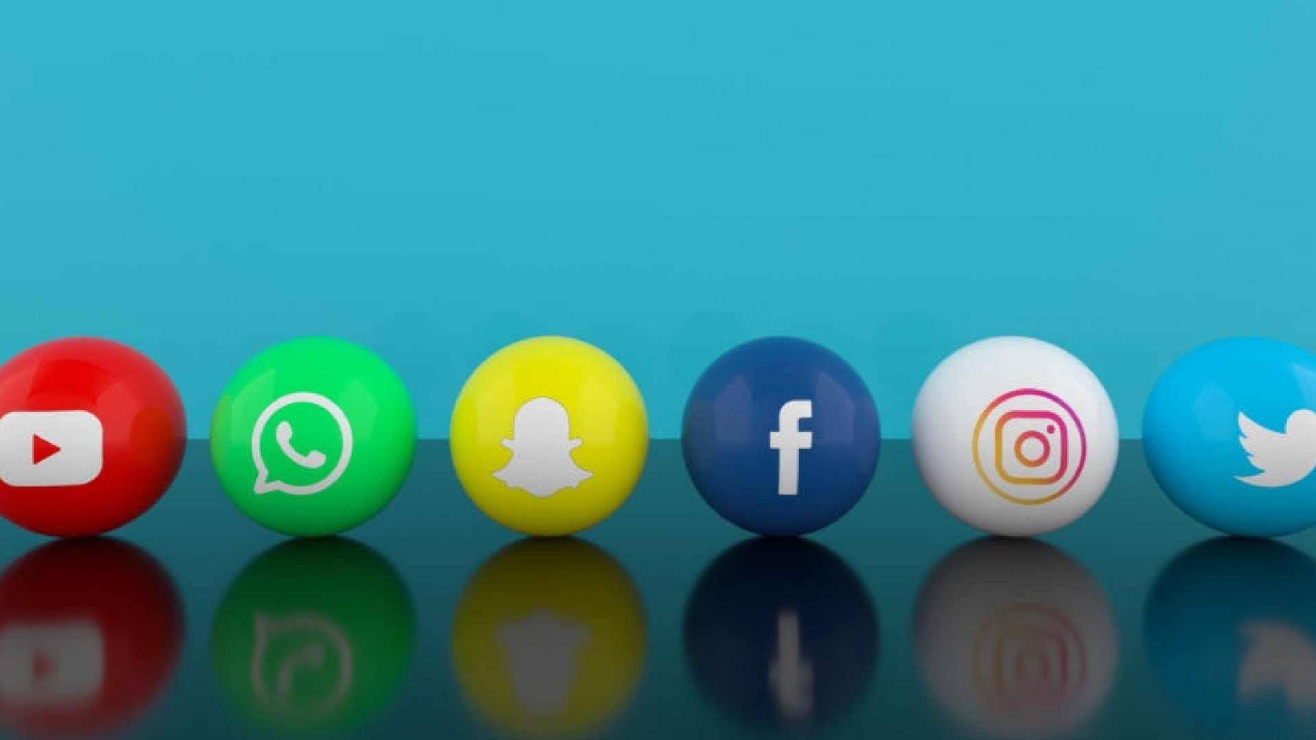You're Using Social Media All Wrong. Here's What You Should Do Instead