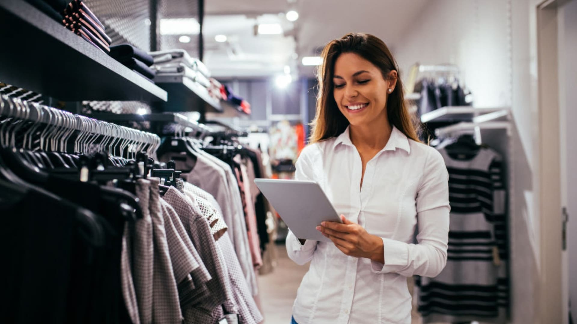 7 Ways Brands Are Building In-Store Retail Experience