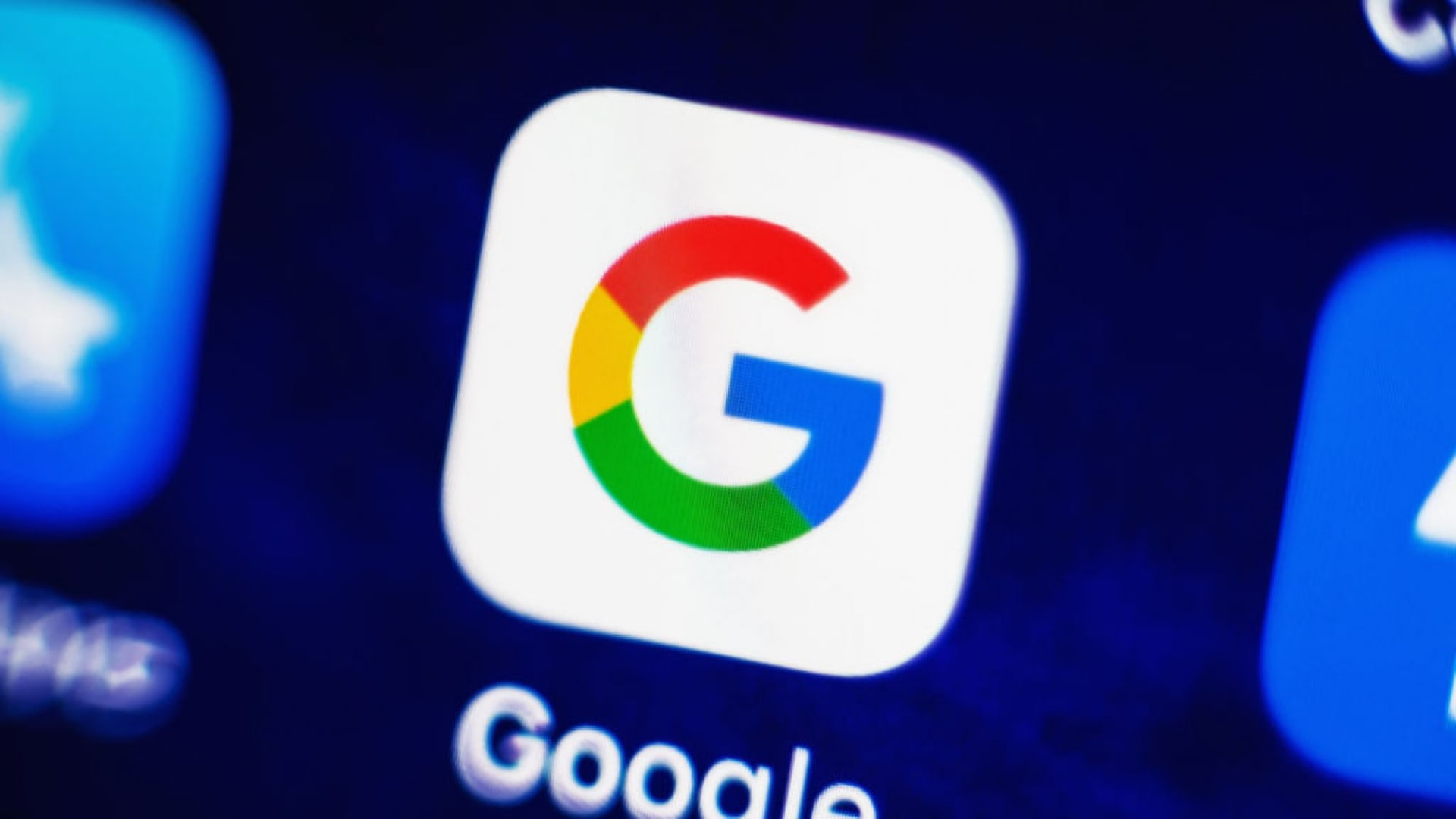 Why Google Can't Bring Itself to Make the Internet Respect Your Privacy