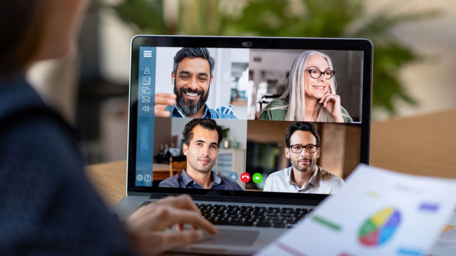 How to Master the Art of Virtual Communication