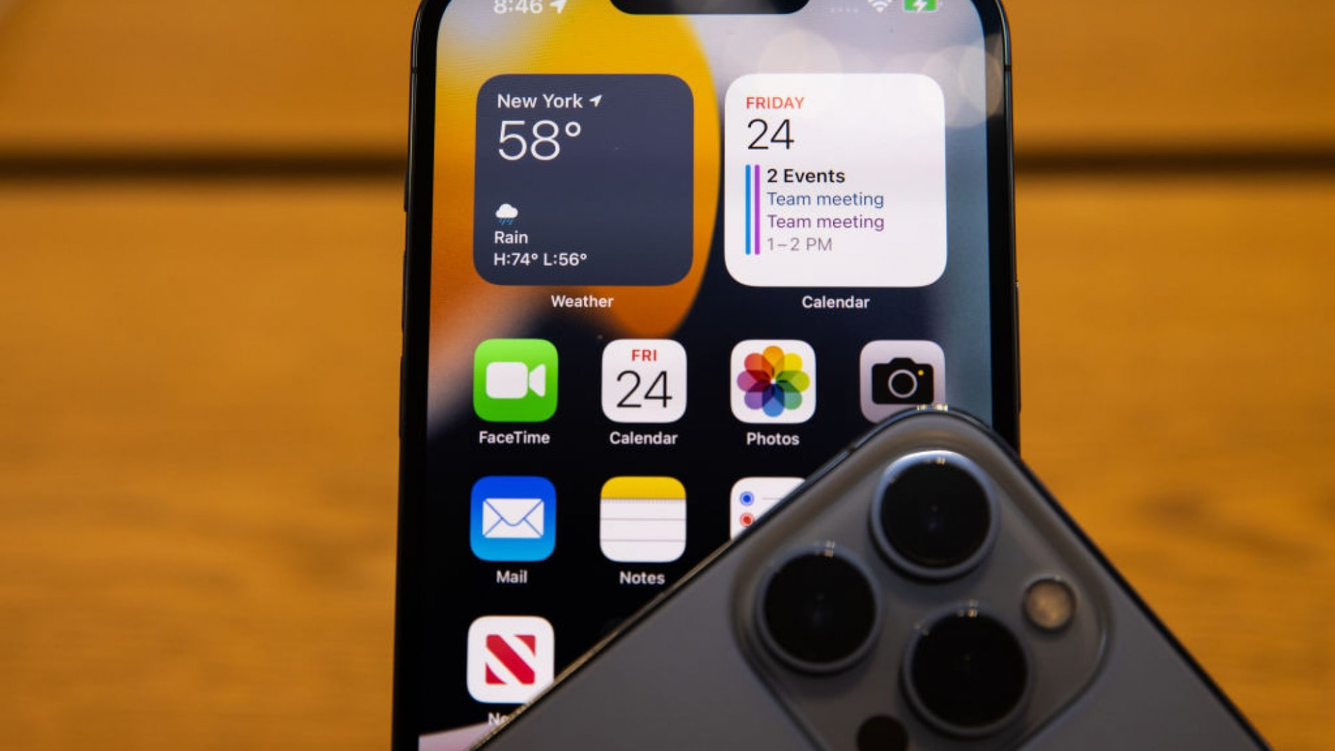 5 Reasons You Should Install iOS 15 on Your iPhone Right Now