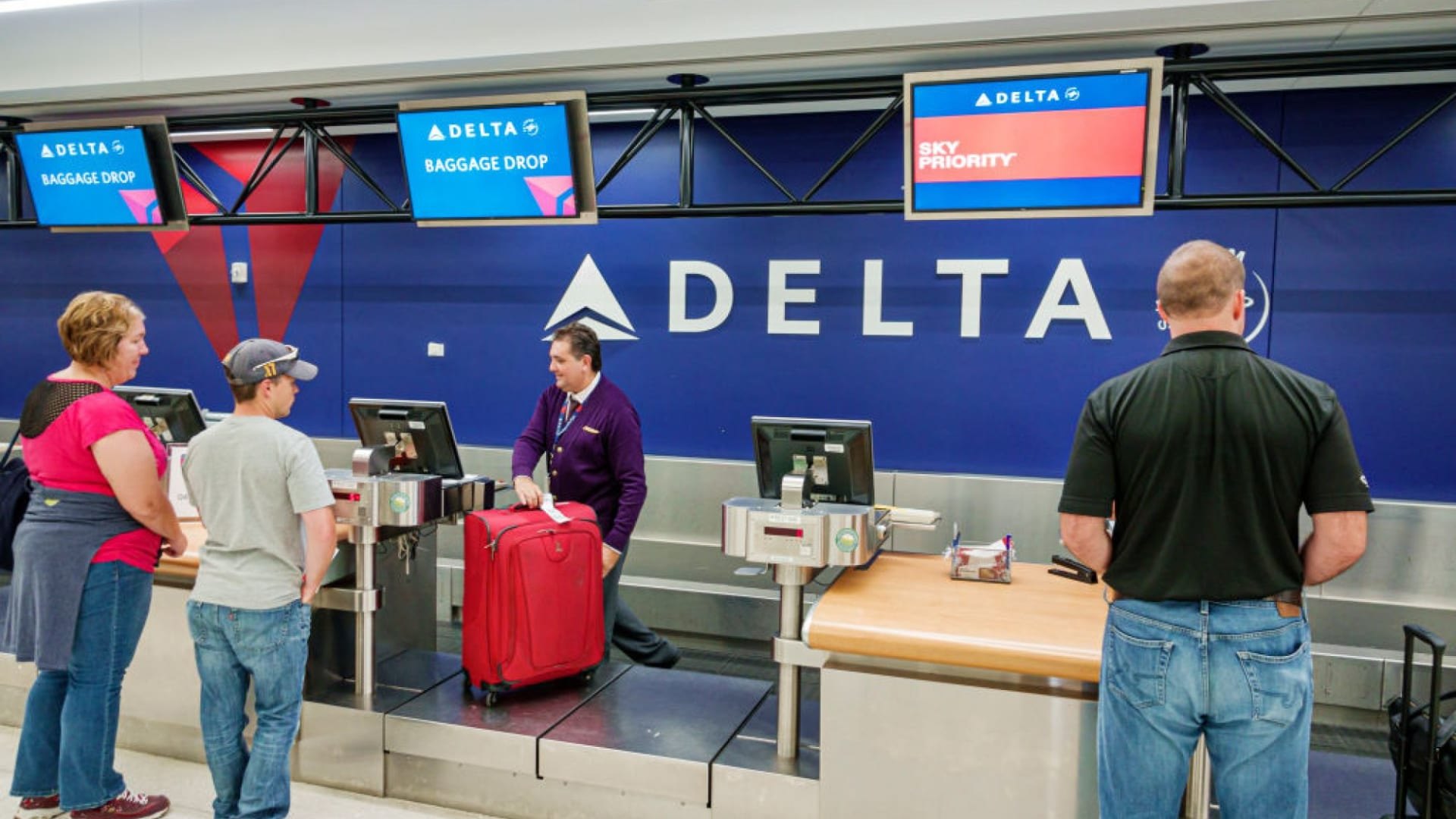 Delta Air Lines Is Introducing a Change That Is Upsetting Its Best Customers. It's the 1 Thing No Company Should Ever Do