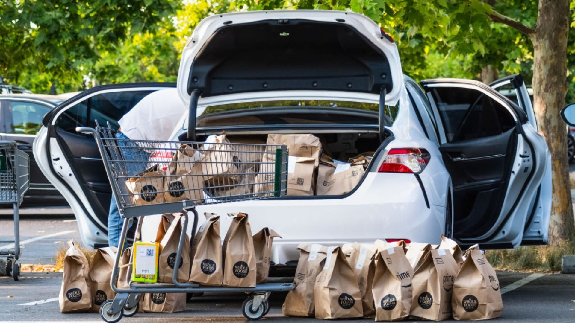Amazon's New $10 Delivery Fee Comes With 1 Major Perk. But Very Few Know of It