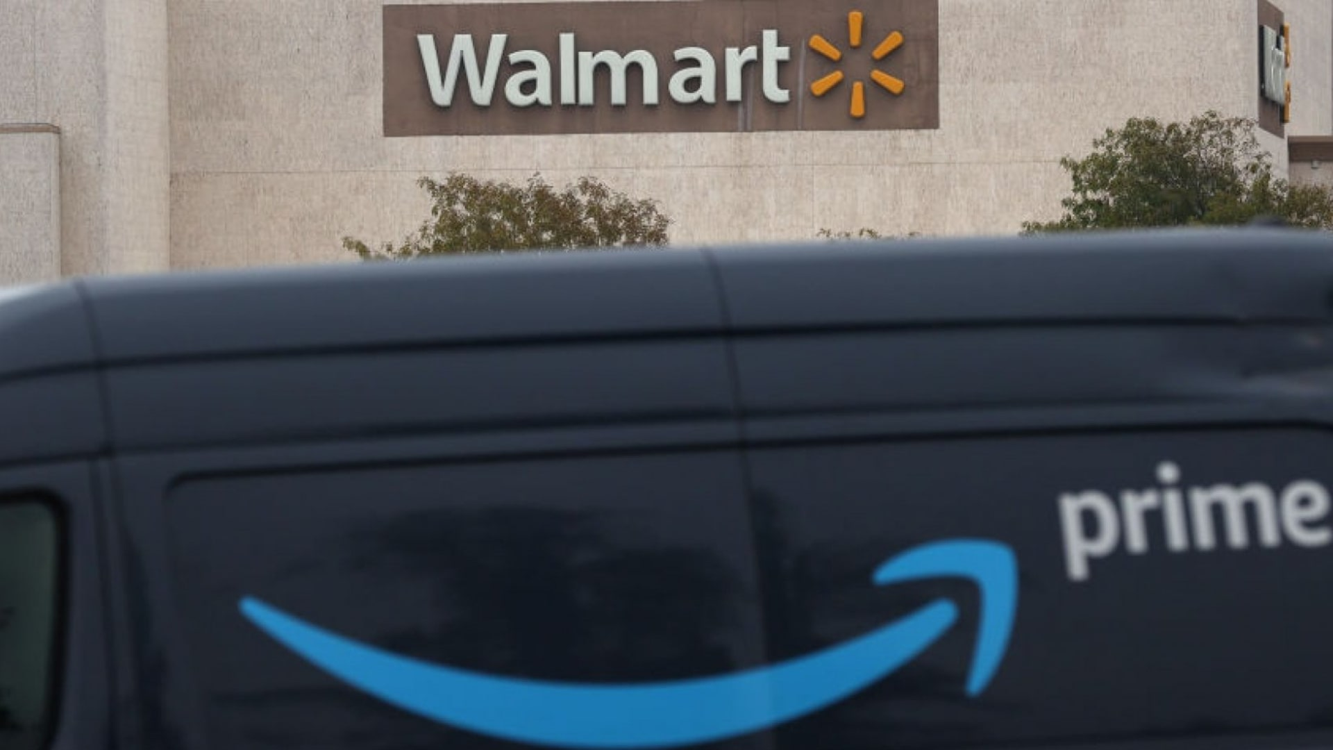 Amazon Just Dethroned Walmart, and It's the End of the (Retail) World As We Know It
