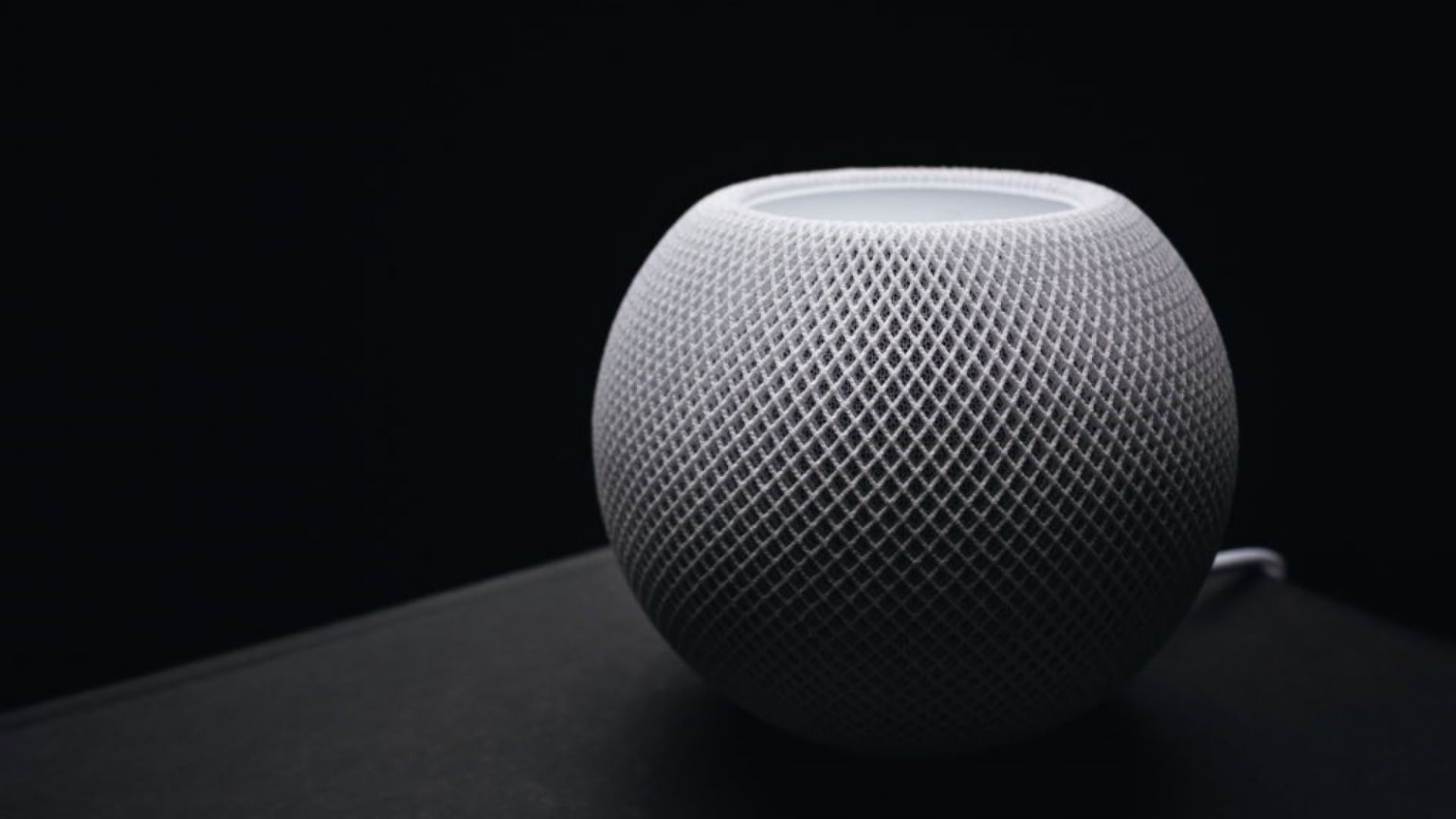 Why Apple's Smart Home Strategy Should Be Less Like Apple's and More Like Google's