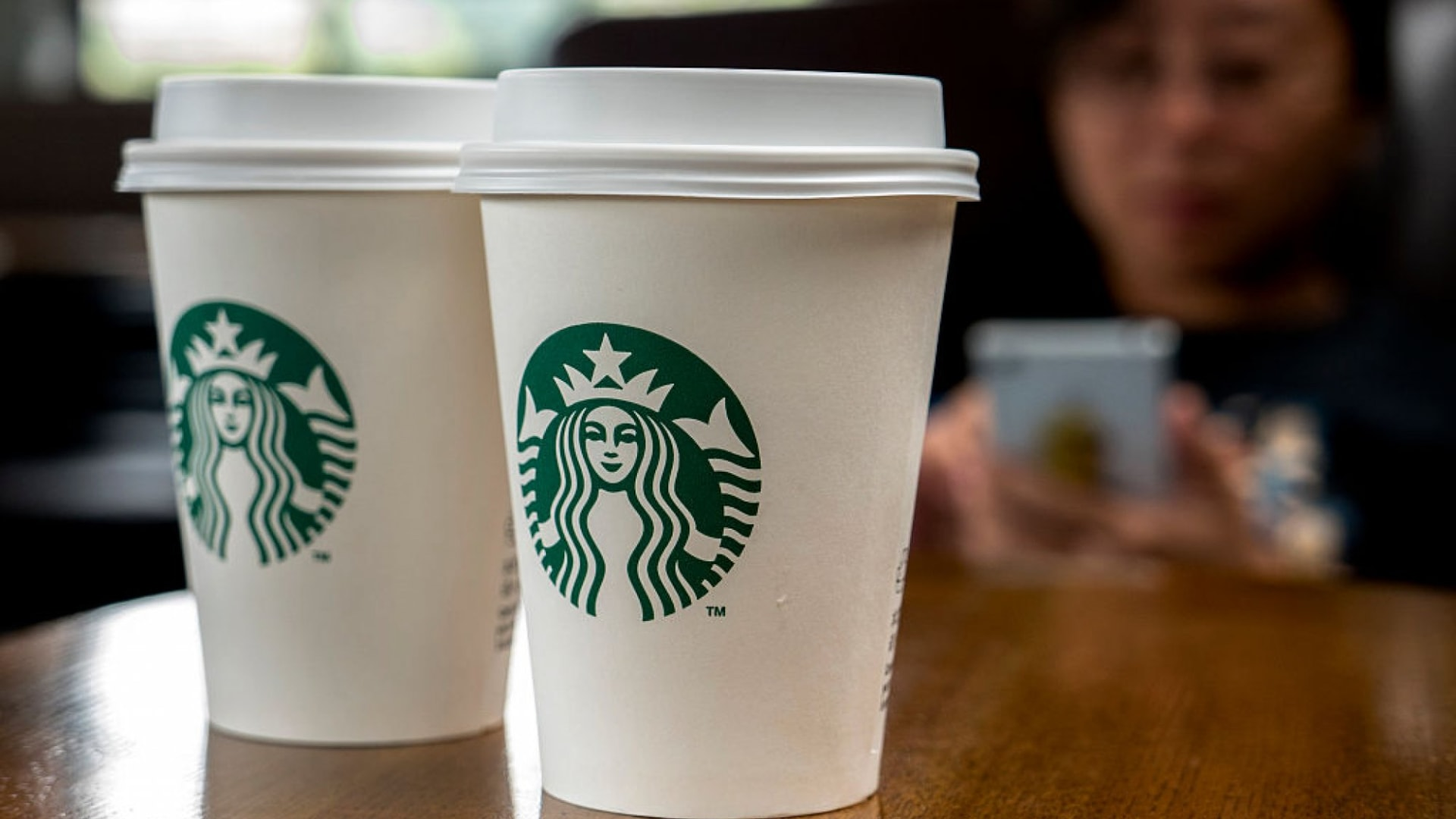 Starbucks Just Lost $1.2 Billion in Sales but Still Came Out Ahead Because of This Brilliant Decision It Made 5 Years Ago