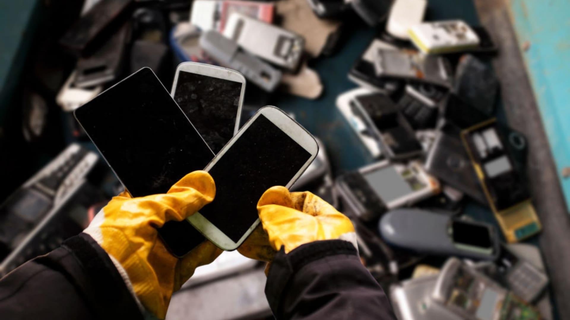 Why You Absolutely Must Reduce, Repair, or Recycle Your E-Waste