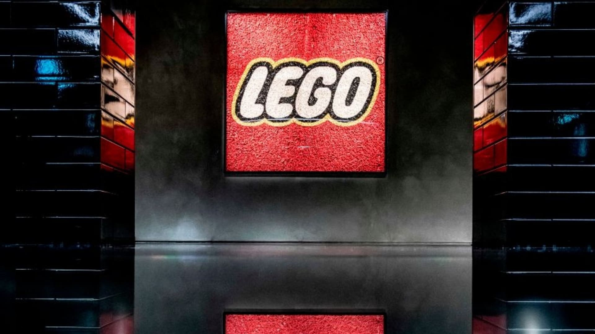 A Customer Discovered Their $350 Lego Set Was Missing Pieces. The Company's Response Was Brilliant